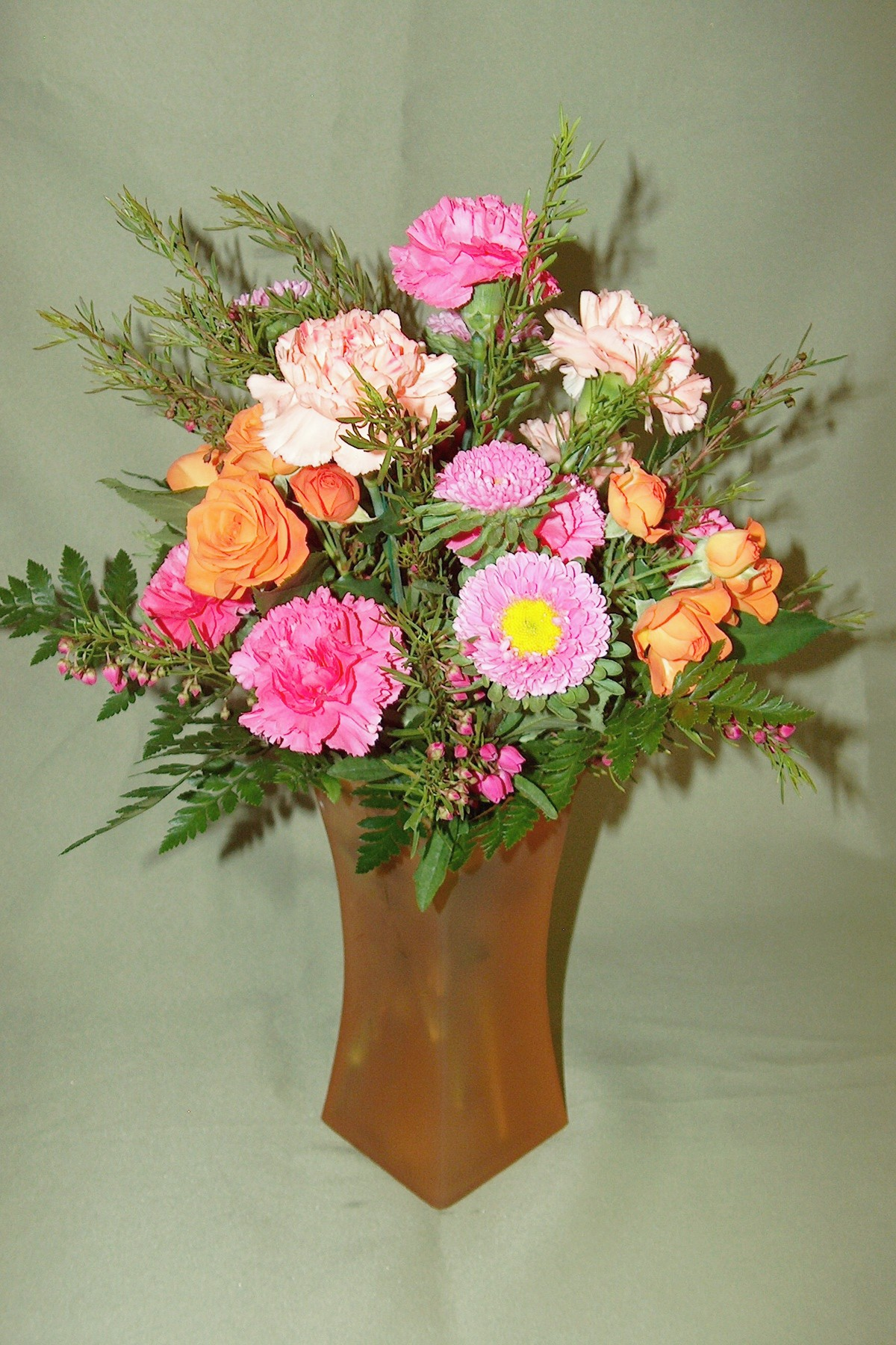 Florist bloomingtonnormal il colorful bouquet of flowers izmirmasajfo